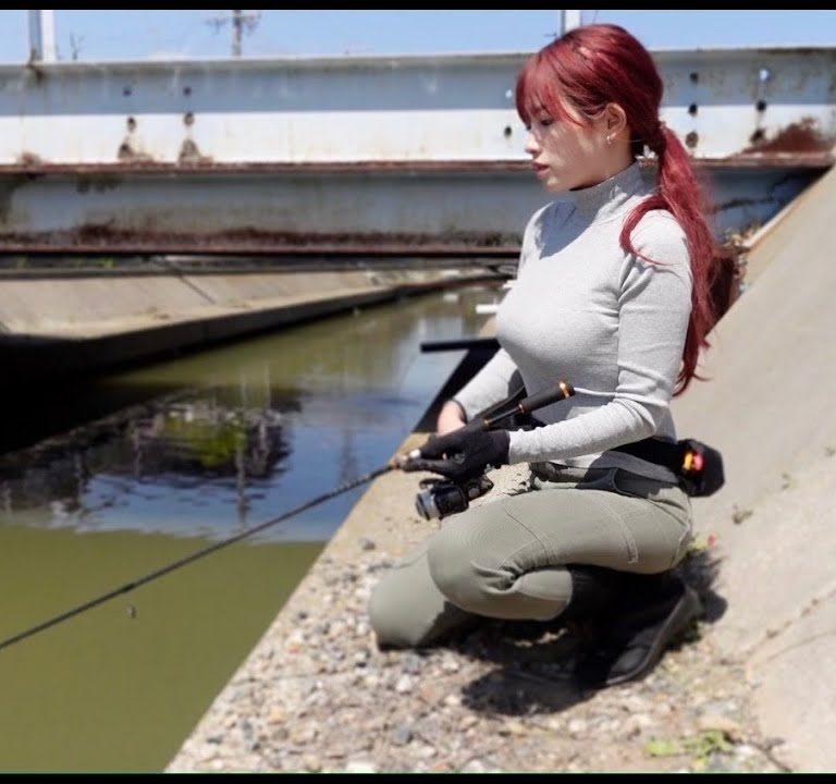 釣りが見たいのかマルコスがみたいのか!サムネだけで釣れる!?水路でティラピア釣り動画