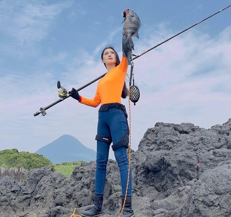 石鯛釣りで非常に珍しい出来事が…その映像に本人もビックリ!!